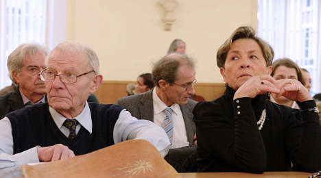 European court blocks French life support ruling