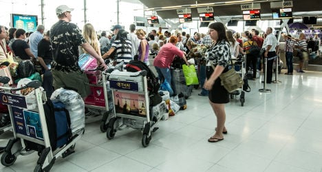 Airlines told to cancel flights over airport strike