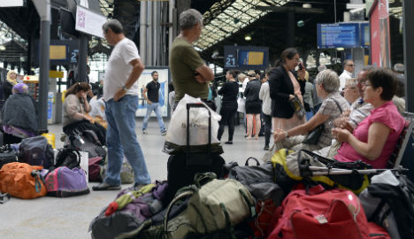 French rail strike to enter fifth day amidst chaos