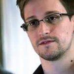 Calls for Snowden to be given French citizenship