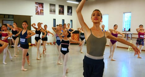 French ballerinas offer lessons in Fukushima
