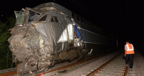 Nibbling rats blamed for French rail crash