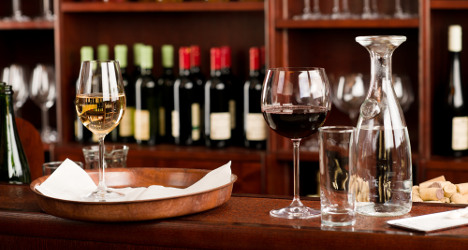 French hospital opens wine bar for patients