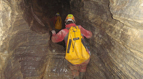 Rising water traps eight cavers in French Alps