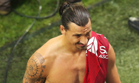 Eventful night for Ibra as PSG open with draw
