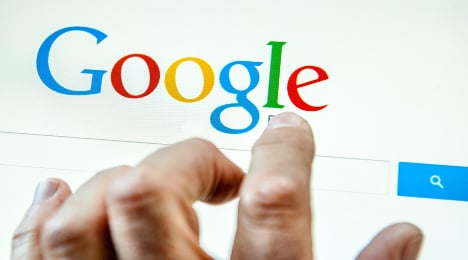 French bombard Google with pleas to be forgotten