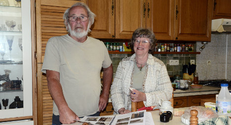 French villagers come to aid of British couple