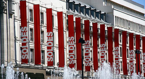 French deflation fears rise as prices fall