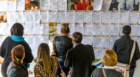 France's jobless rate hits new record high