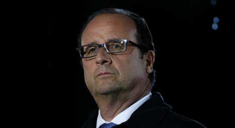 Six questions for France as Hollande ousts rebels