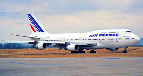 Air France strike hits ninth day, no end in sight