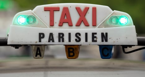 Paris to unveil new app to help find a taxi