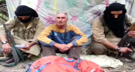 Militants say they'll kill Frenchman in 24 hours