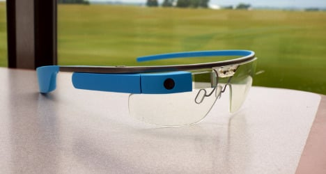 French rail conductors test out Google Glass