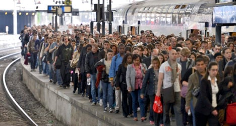 Paris: Trains to airports hit by one-day strike