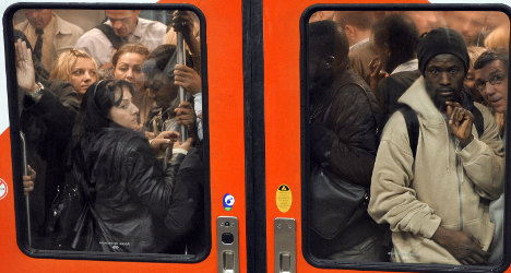 French remain fearful of taking public transport