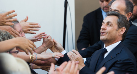 Sarkozy's return a boost for Hollande and Le Pen