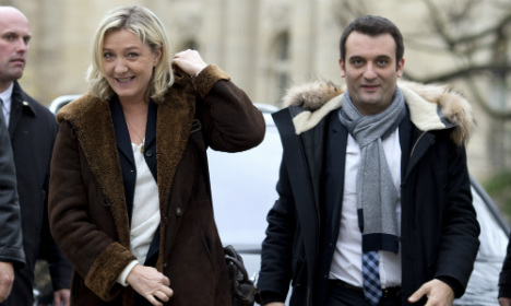 Mag fined for 'outing' French far-right boss