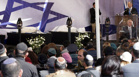 Slain French Jews buried at cemetery in Israel