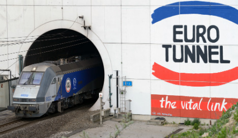 Channel Tunnel services resume after fire