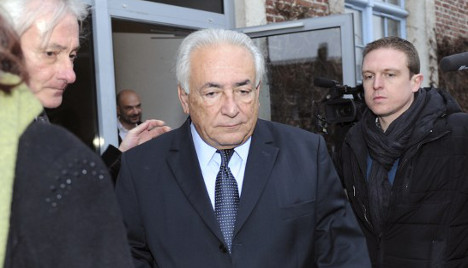 French prosecutor calls for DSK to be cleared