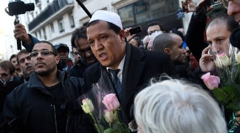 France reveals plan to fight Muslim extremism
