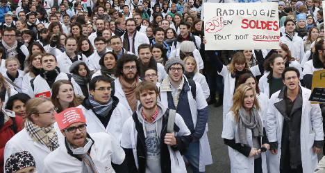 French doctors strike against health reforms