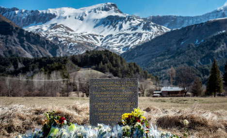 Germanwings co-pilot 'obsessed' with Alps
