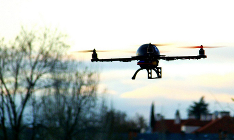 More drones give Paris police the run around