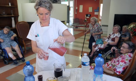 Carers and cleaners: The future jobs in France