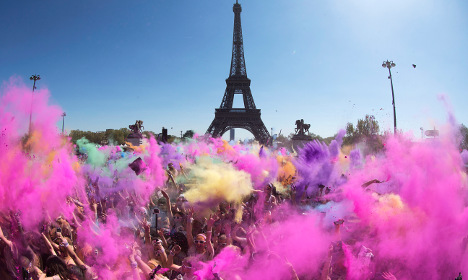 Paris doused in colour for 'world's happiest run'