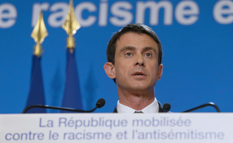 France unveils plan to fight 'intolerable' racism