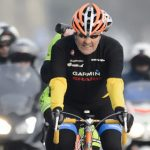 John Kerry breaks leg in French cycling accident