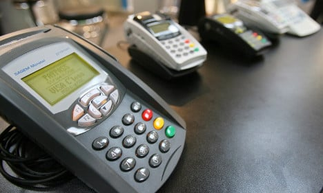 France to scrap minimum bank card payments
