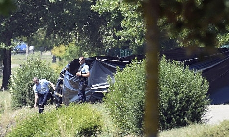 'French beheading suspect admits to killing'