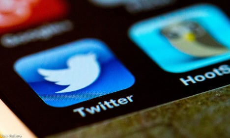 Isis bombard French with 40,000 tweets each day