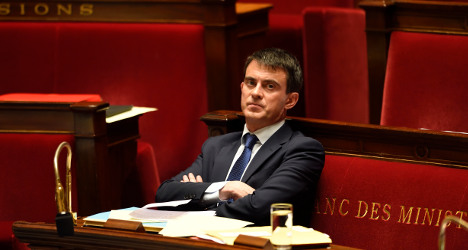 PM Valls places French island in wrong ocean