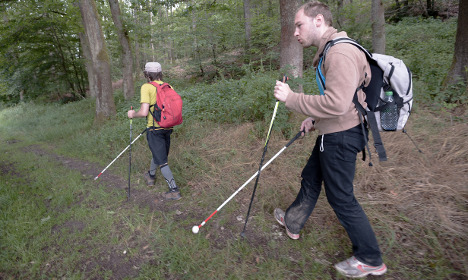 GPS helps blind French hikers cross mountains