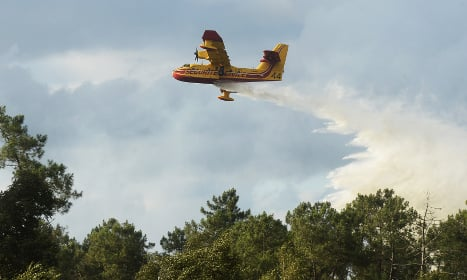 Water-bombers dousing Bordeaux forest fire