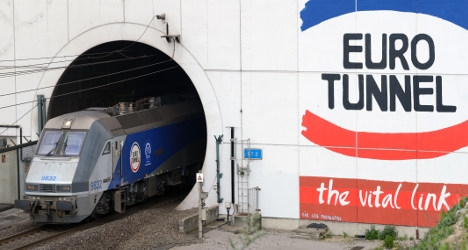 Migrant 'seriously hurt' in Channel Tunnel break-in