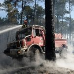 10,000 campers forced to flee forest fire in France