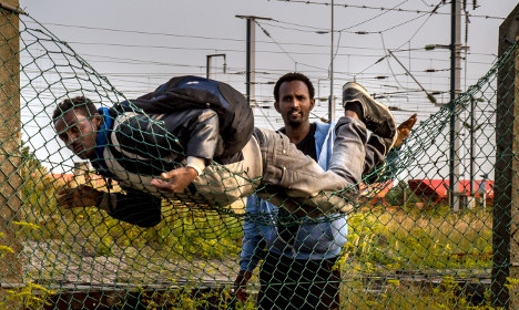 EU ministers to hold migrant talks: France