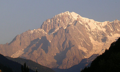 'Stop stealing Mont Blanc': Italy tells France