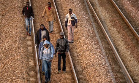 Refugee electrocuted at Channel Tunnel site