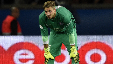 Rennes chase PSG after goalkeeper's blunders
