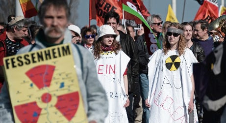 Pressure on France to close nuclear plant