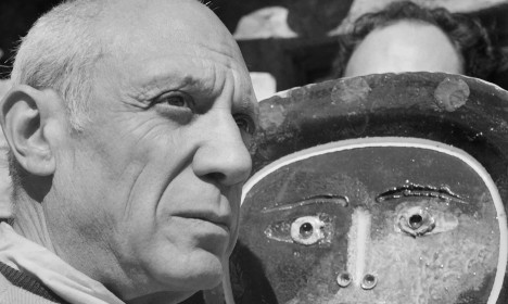 Russian tycoon hands France 'stolen' Picassos