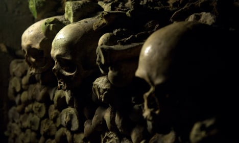 'Lucky' couple to spend night in Paris Catacombs