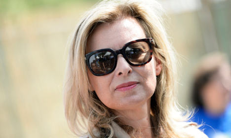 Hollande's ex stops book being made into movie