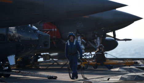 French aircraft carrier soon ready to strike ISIS